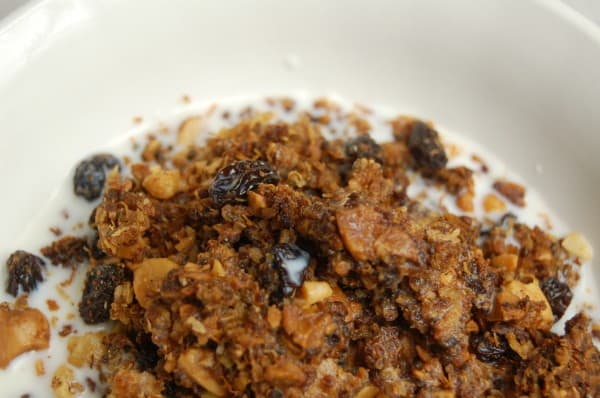 Quinoa Granola - www.naturalfertilityandwellness.com
